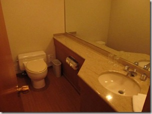 ヒルトン東京ベイ 和室スイートルーム トイレ1